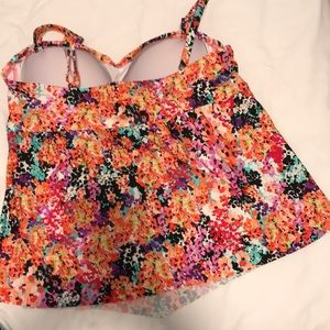 Kenneth Cole Reaction Swim - Floral Tankini.  Size 2X